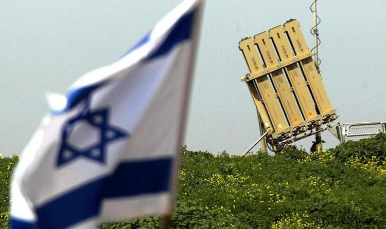 Israel bat ngo cho ra mat phien ban ten lua Vom Sat tren bien-Hinh-8