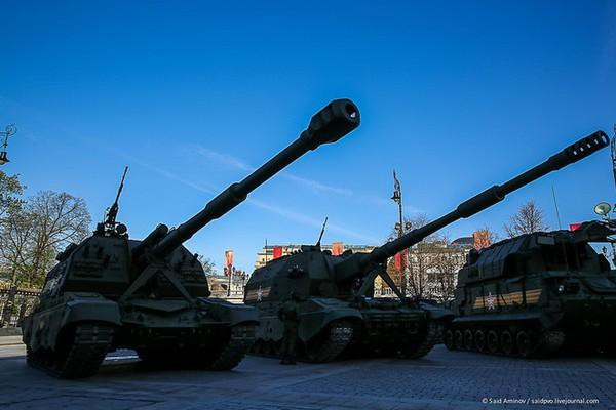 Nga trien khai sieu phao tu hanh toi sat bien gioi Ukraine, Kiev hoang mang-Hinh-12