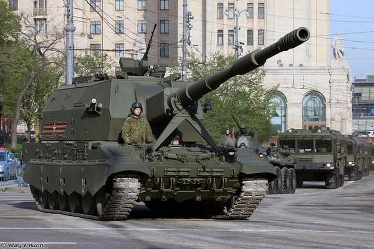 Nga trien khai sieu phao tu hanh toi sat bien gioi Ukraine, Kiev hoang mang
