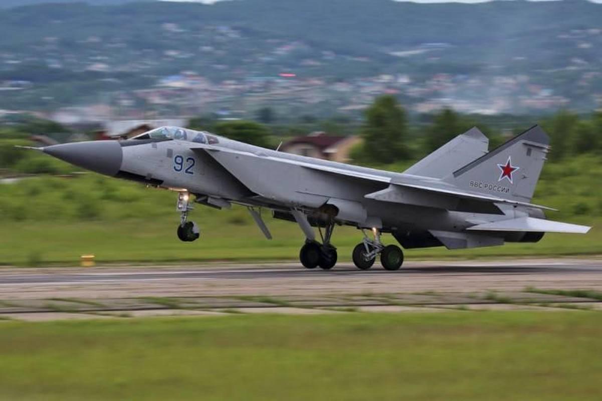 Trung Quoc 'thay mat Nga' khen tiem kich danh chan MiG-41