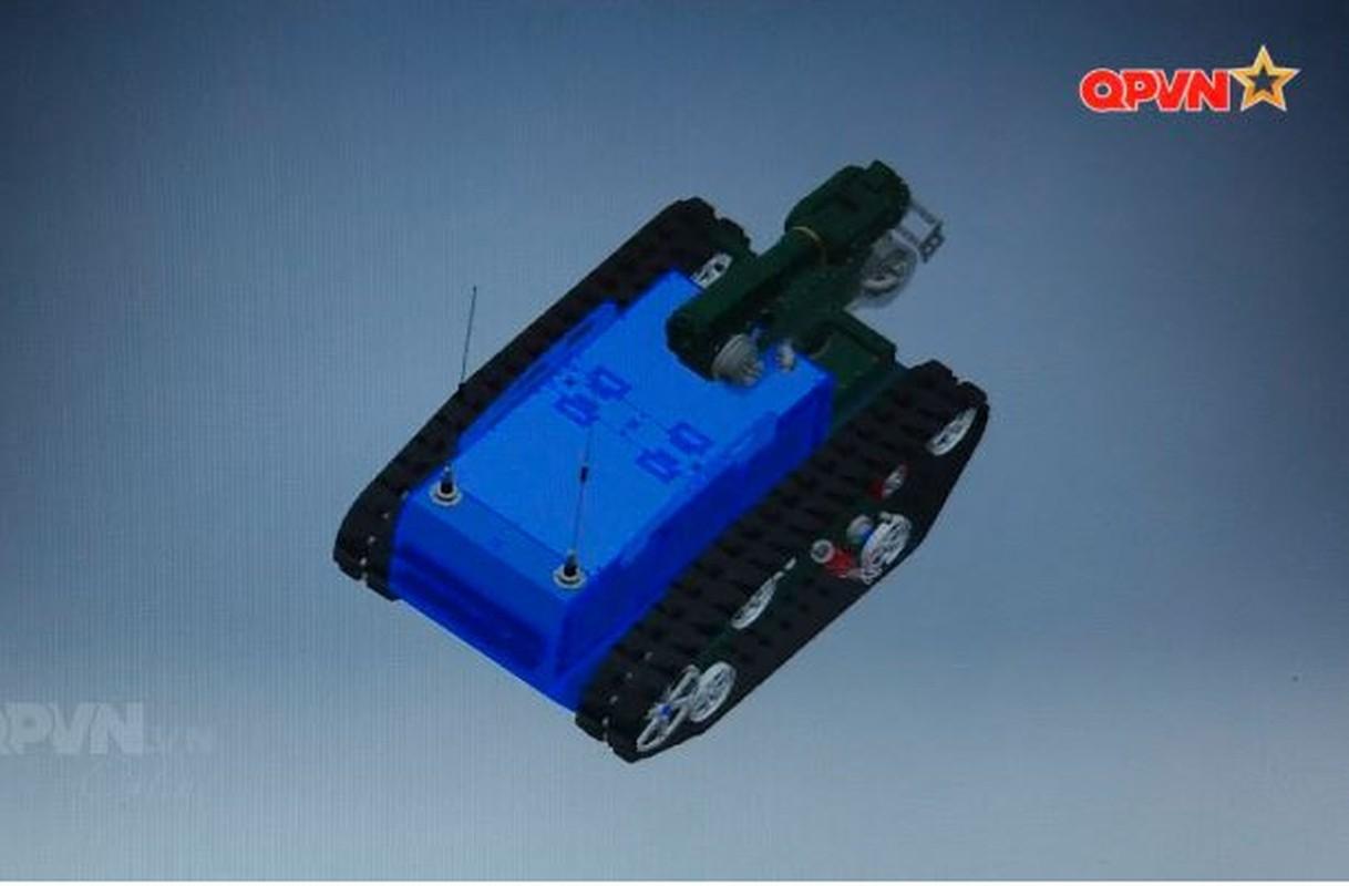 Robot trinh sat phong xa va hoa hoc RBH-18 do Viet Nam tu phat trien-Hinh-5