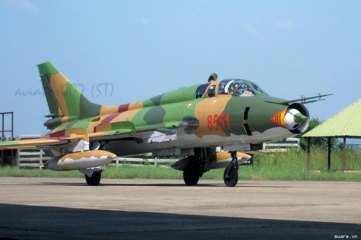 Man nhan voi bien doi bon chiec tiem kich - bom Su-22 Viet Nam-Hinh-10