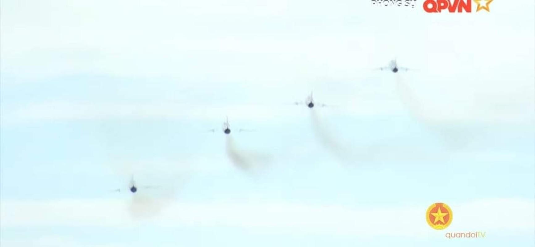 Man nhan voi bien doi bon chiec tiem kich - bom Su-22 Viet Nam-Hinh-2