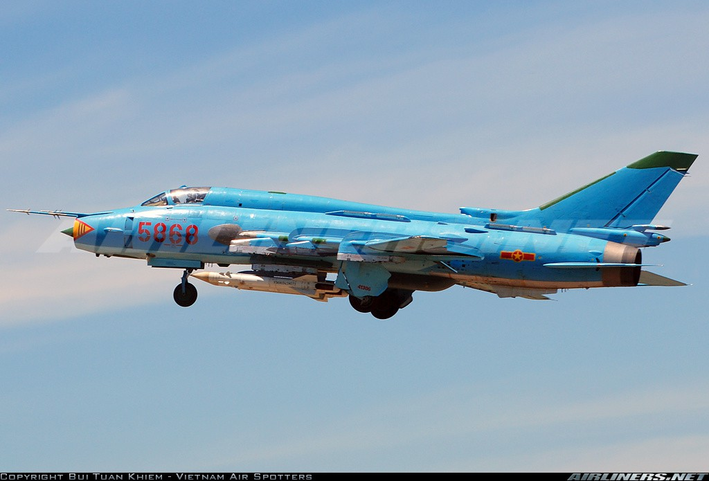 Man nhan voi bien doi bon chiec tiem kich - bom Su-22 Viet Nam-Hinh-8