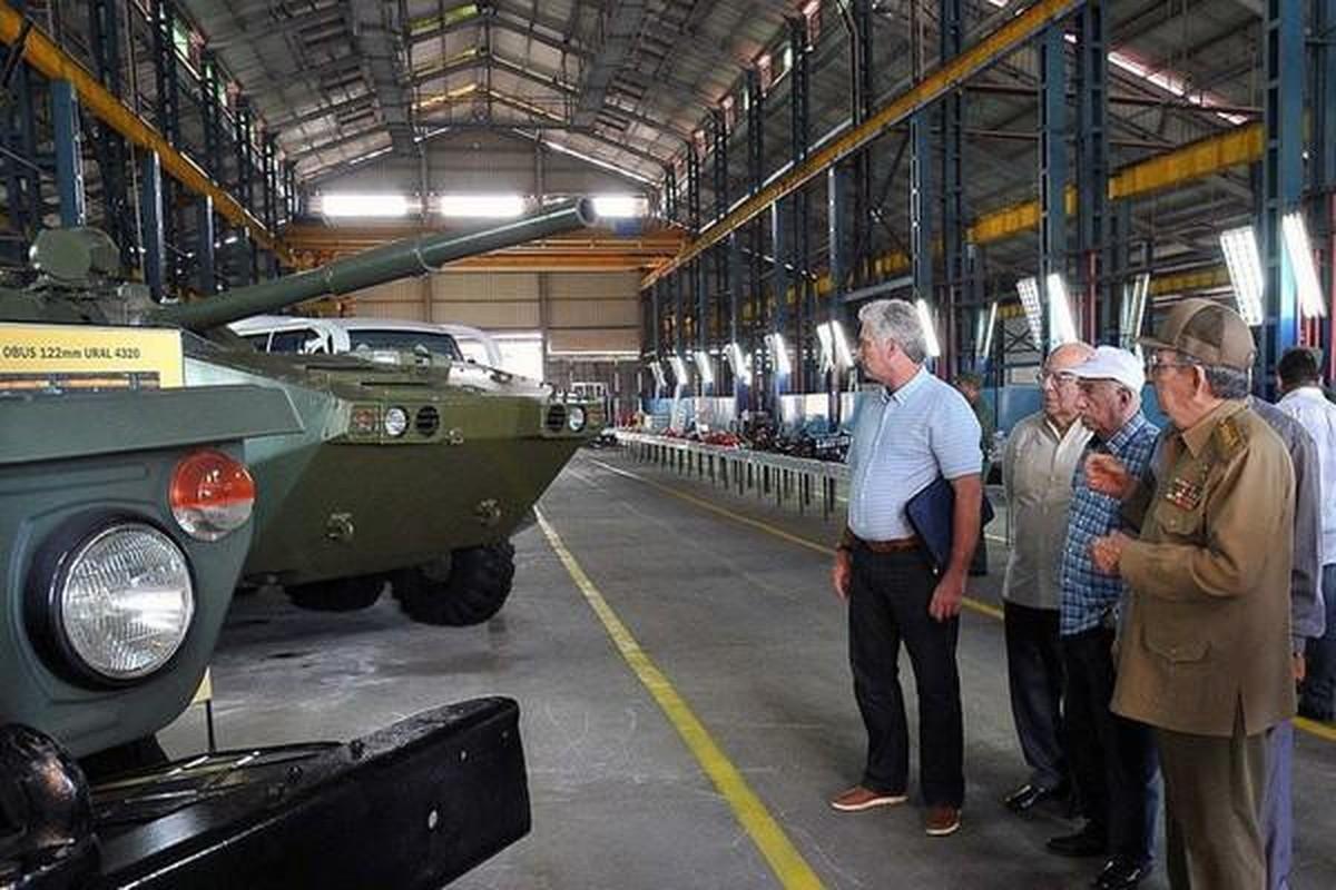 Bao Nga goi y cau hinh vu khi cua thiet giap BTR-60 cua Viet Nam-Hinh-15