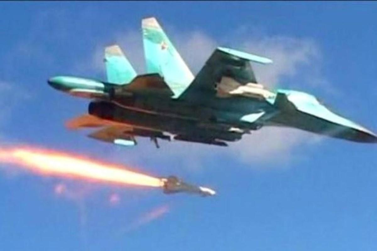 Khong quan Nga tiep tuc doi bao lua xuong dau khung bo o Syria-Hinh-3