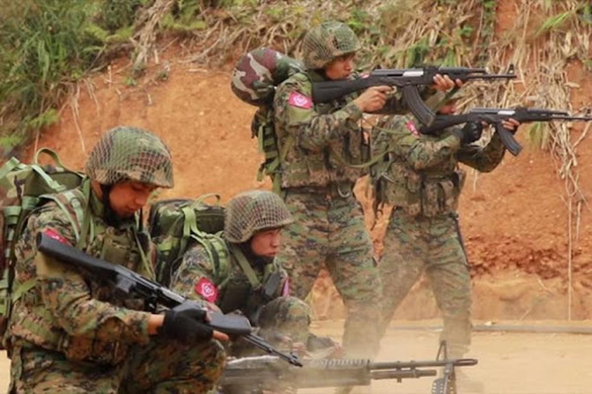 Suc manh quan su Myanmar dang dung thu may Dong Nam A?-Hinh-5