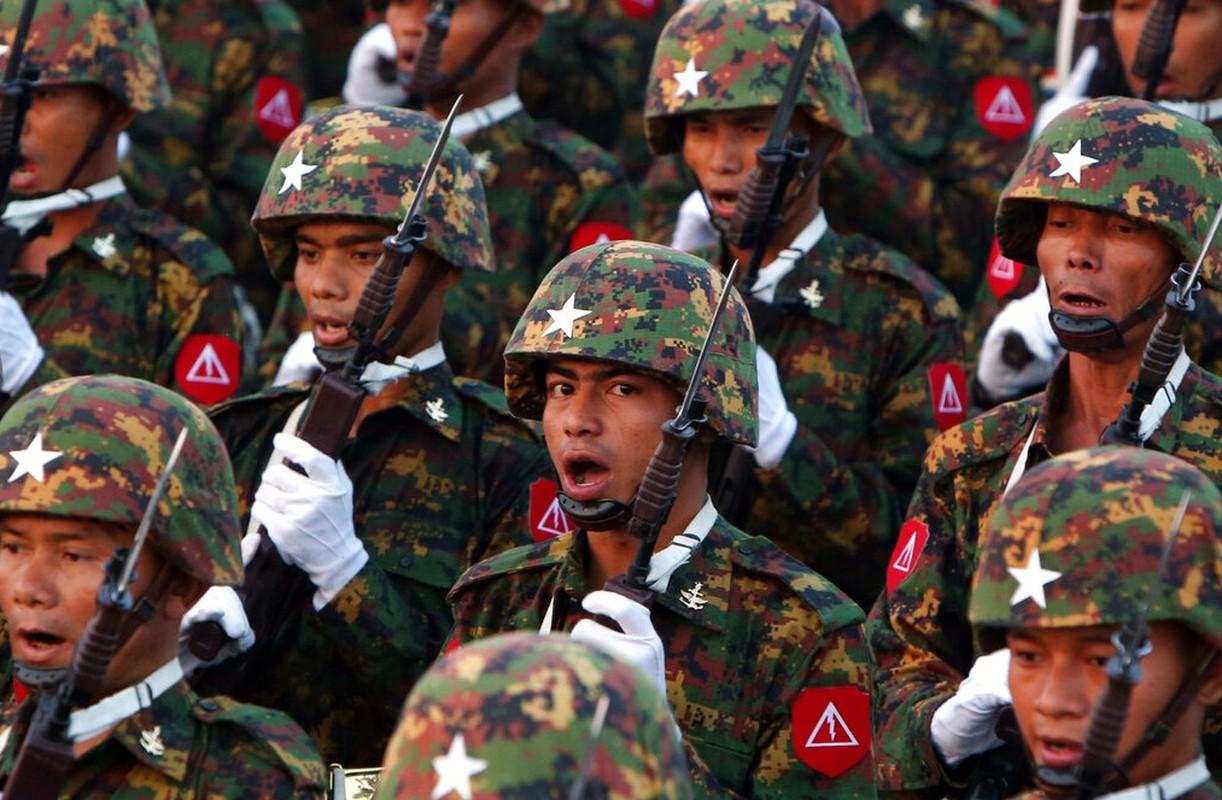 Suc manh quan su Myanmar dang dung thu may Dong Nam A?