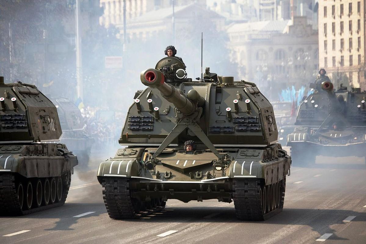 Ukraine bat ngo keo hang dan phao tu hanh 152mm toi Donbass-Hinh-10