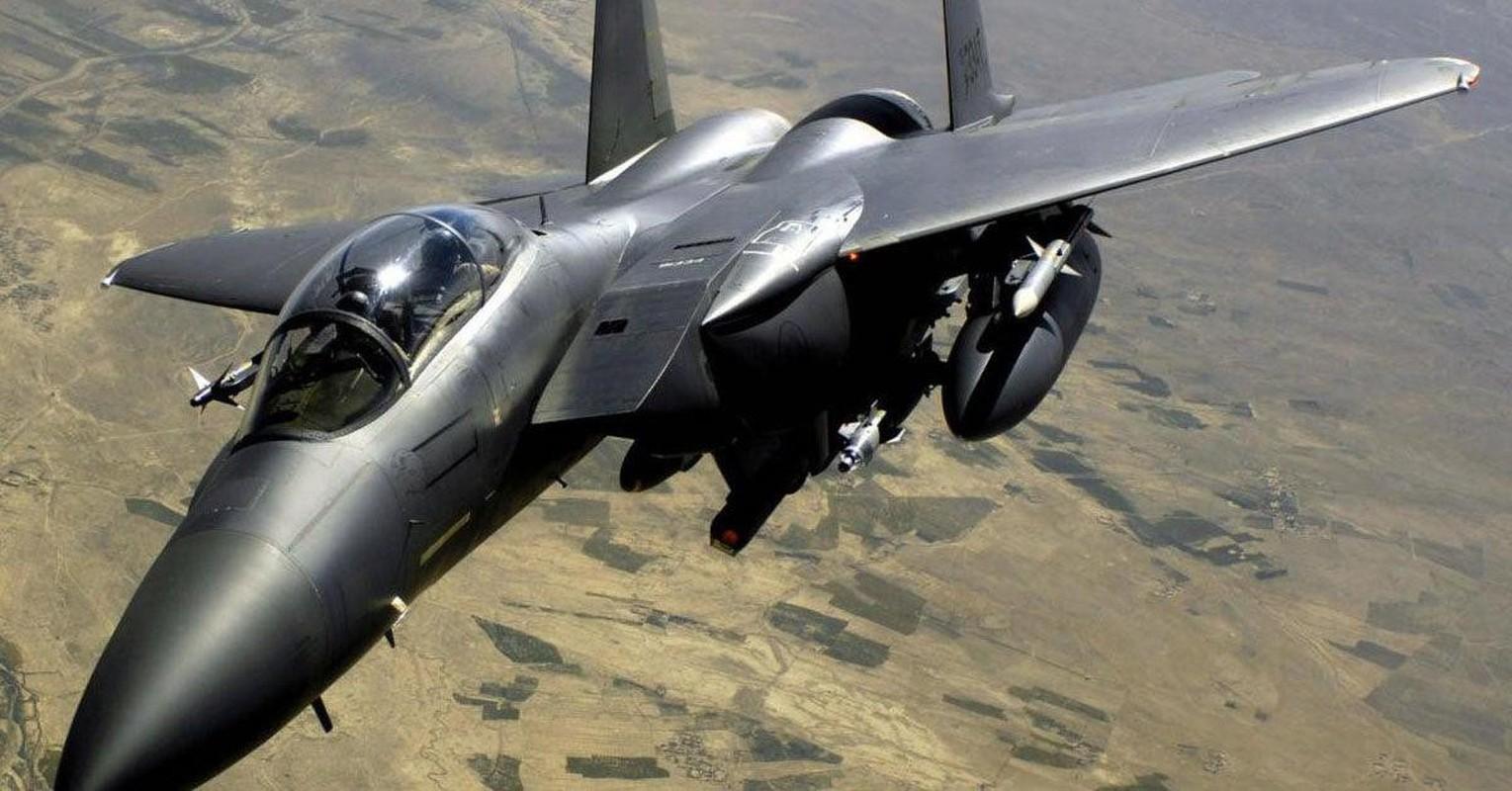Tiem kich F-15E cua My manh ngang may bay nem bom chien luoc Trung Quoc-Hinh-19