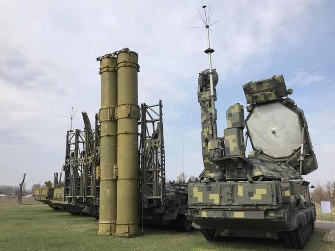 Ukraine chuan bi phong khong cuc manh de phong Nga can thiep