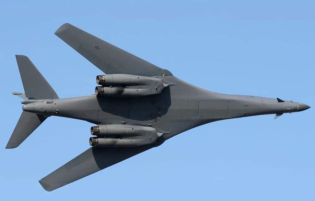 B-1B Lancer My ha canh thang len tuyet, gui loi thach thuc toi Nga-Hinh-20