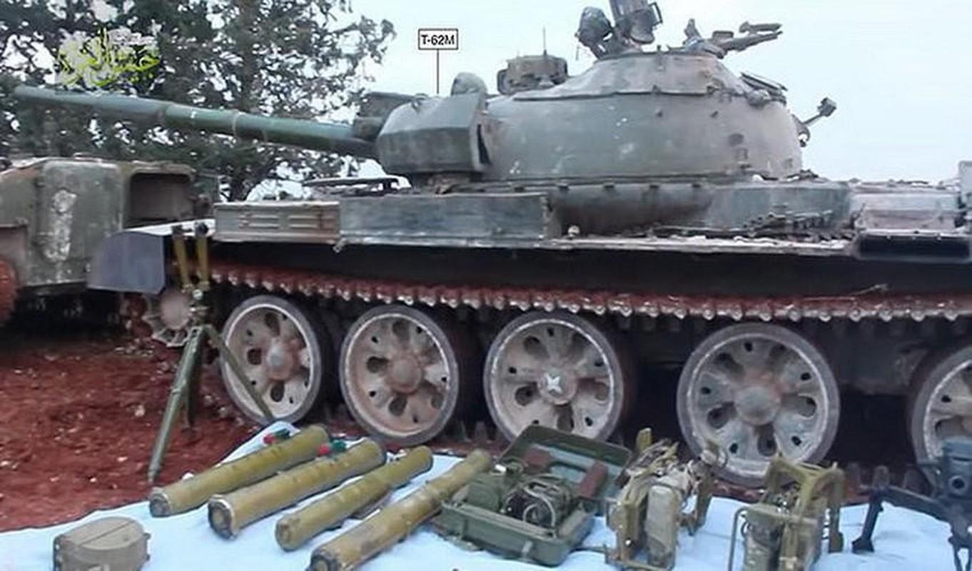 Nga se chuyen 100 xe tang cho dan quan mien Dong Ukraine neu Kiev tan cong?-Hinh-6