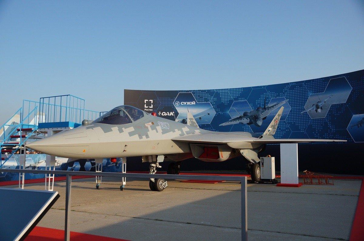 Su-57E va Su-35S co nguy co doi dau truc dien tren chien truong Libya-Hinh-2