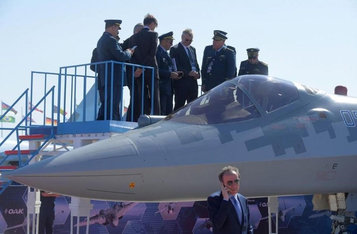 Su-57E va Su-35S co nguy co doi dau truc dien tren chien truong Libya