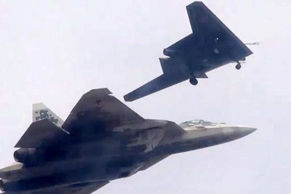 UAV tang hinh Okhotnik tiep theo cua Nga se co