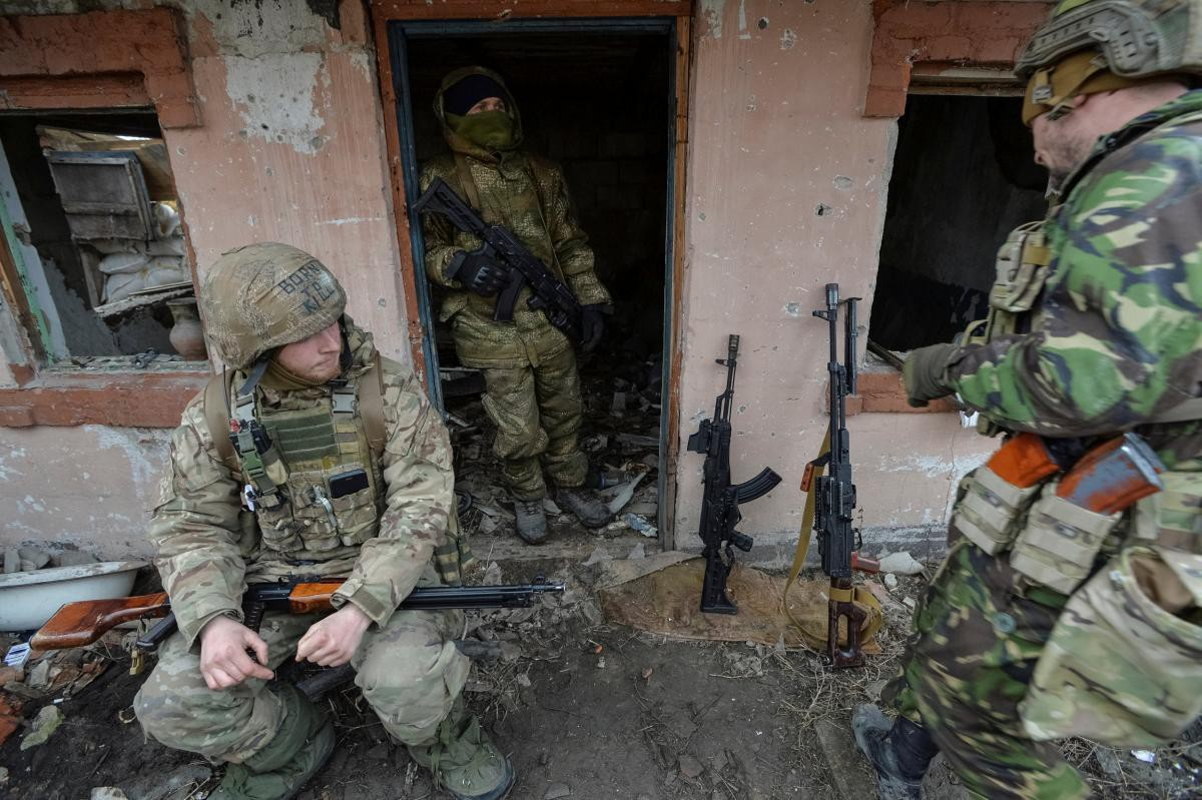 Neu bi tan cong, quan ly khai Ukraine phai cam cu it nhat 14 tieng-Hinh-16