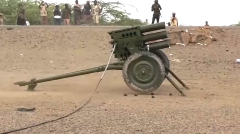 Nong: Venezuela bat ngo bi tan cong bang phao phan luc-Hinh-5