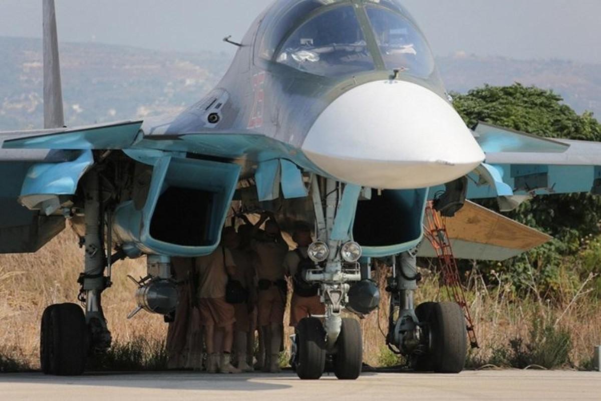 Chien dau co Su-34 Nga doi bom, nua tinh Idlib chim trong bien lua-Hinh-2