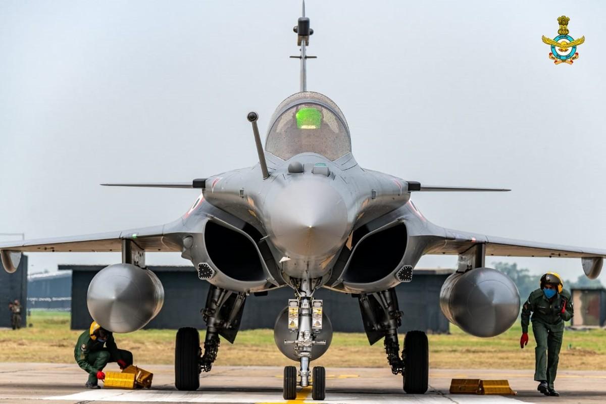 Biet Ukraine khong mua duoc F-35, Phap tranh thu chao hang Rafale-Hinh-10