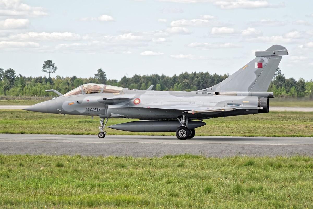 Biet Ukraine khong mua duoc F-35, Phap tranh thu chao hang Rafale-Hinh-5