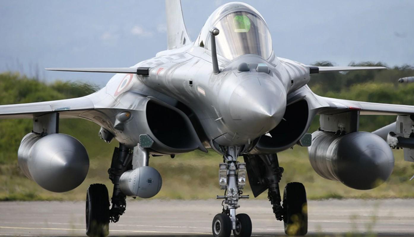 Biet Ukraine khong mua duoc F-35, Phap tranh thu chao hang Rafale