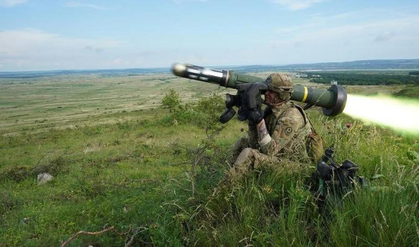 Ten lua Javelin cua Ukraine san sang huy diet T-72B3 ly khai-Hinh-13