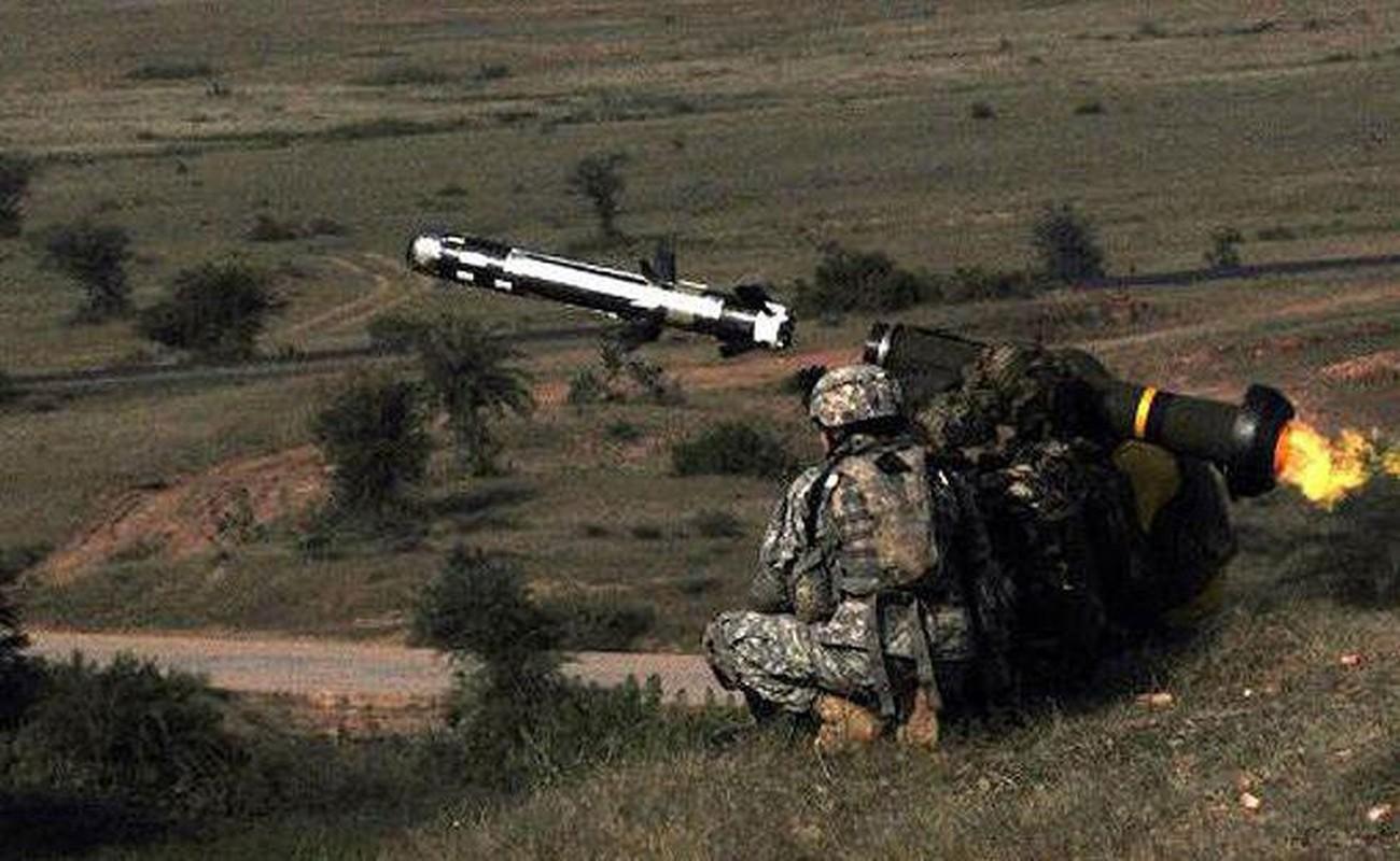 Ten lua Javelin cua Ukraine san sang huy diet T-72B3 ly khai-Hinh-18