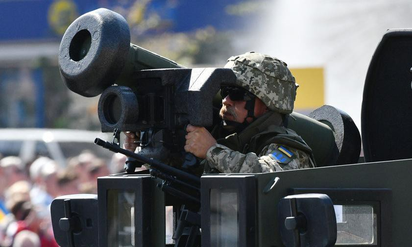 Ten lua Javelin cua Ukraine san sang huy diet T-72B3 ly khai-Hinh-7