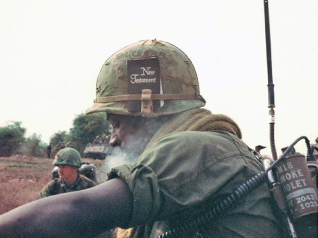 Linh dien dai My trong Chien tranh Viet Nam chi song tho 5 giay-Hinh-12