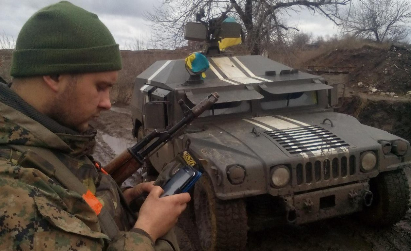 Phe ly khai su dung xe boc thep My, su that bat ngo ma Ukraine muon giau-Hinh-2