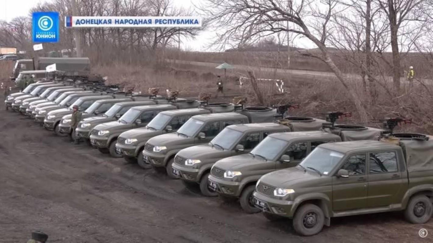 Nga chuyen 'sat thu diet bo binh' cho phe ly khai Ukraine