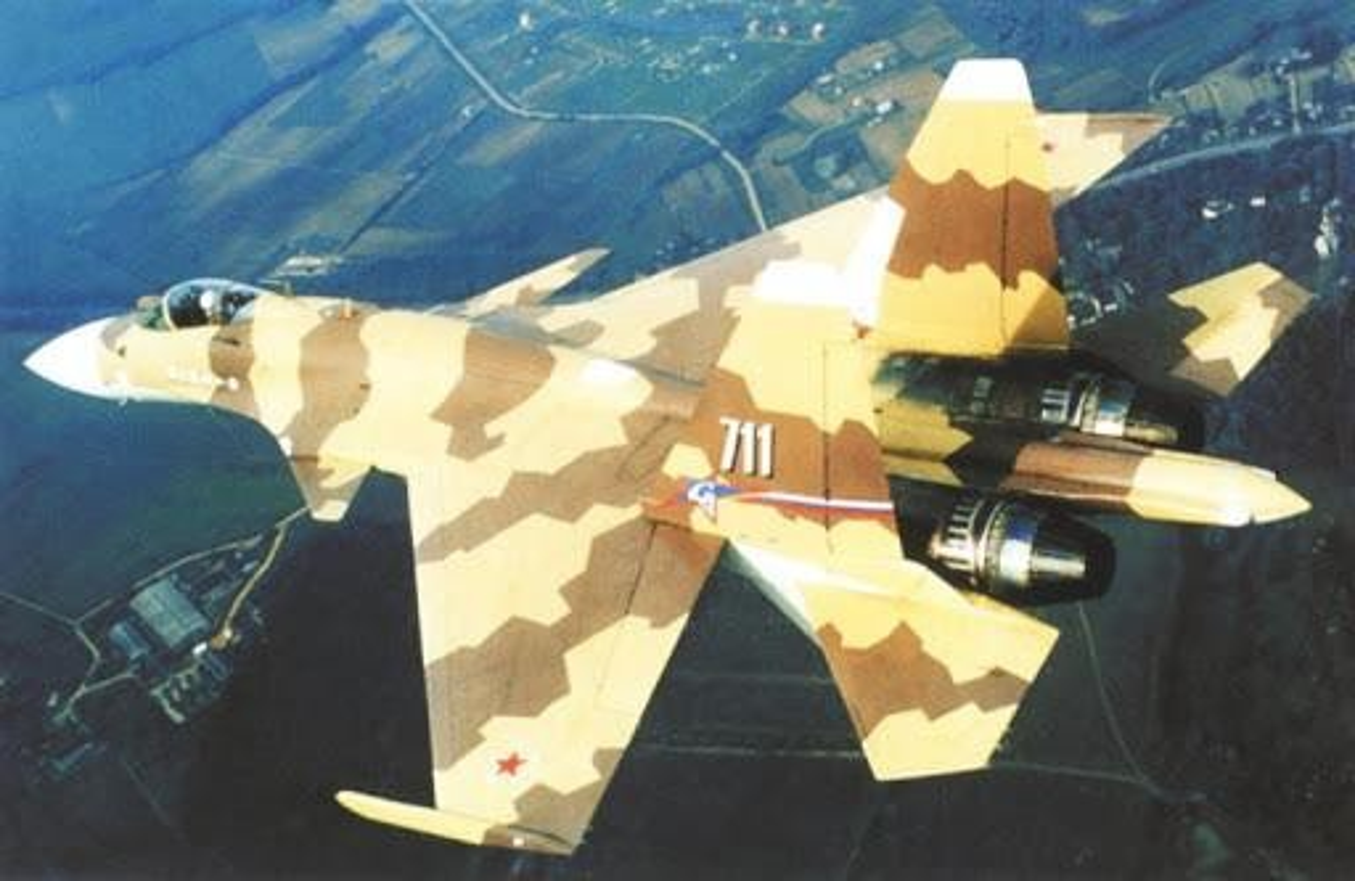 Su-37 da tao ra cuoc cach mang hang khong quan su nhu the nao?-Hinh-6