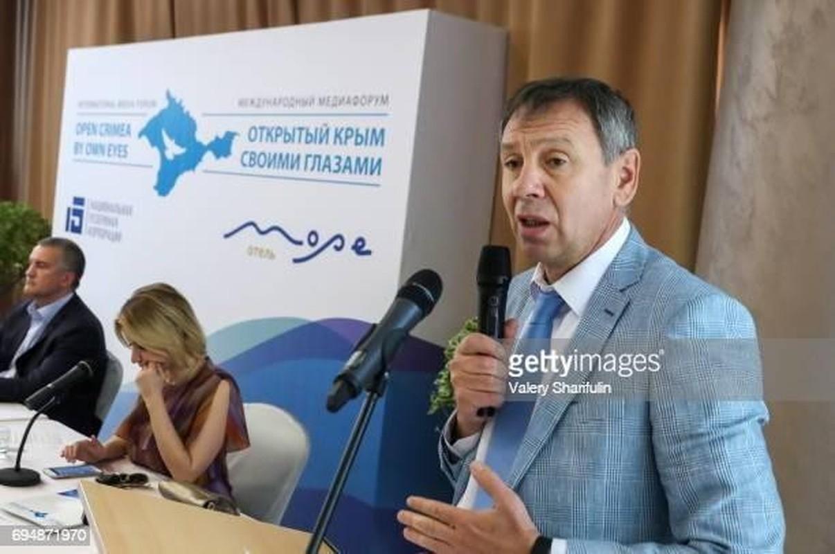 Nga dieu tap doan quan tung danh bai Gruzia ap sat bien gioi Ukraine