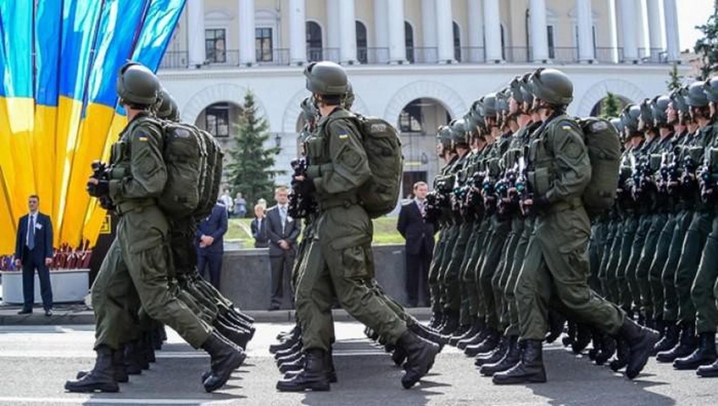 Ukraine su dung sung truong tan cong hien dai nhat the gioi tai mien Dong-Hinh-3