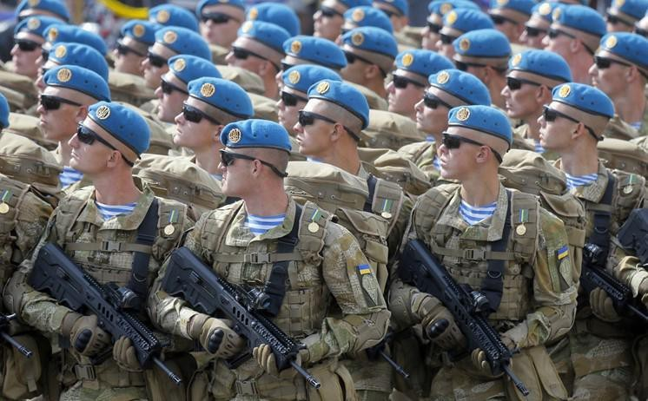 Ukraine su dung sung truong tan cong hien dai nhat the gioi tai mien Dong-Hinh-6