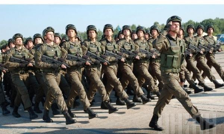 Ukraine su dung sung truong tan cong hien dai nhat the gioi tai mien Dong-Hinh-7