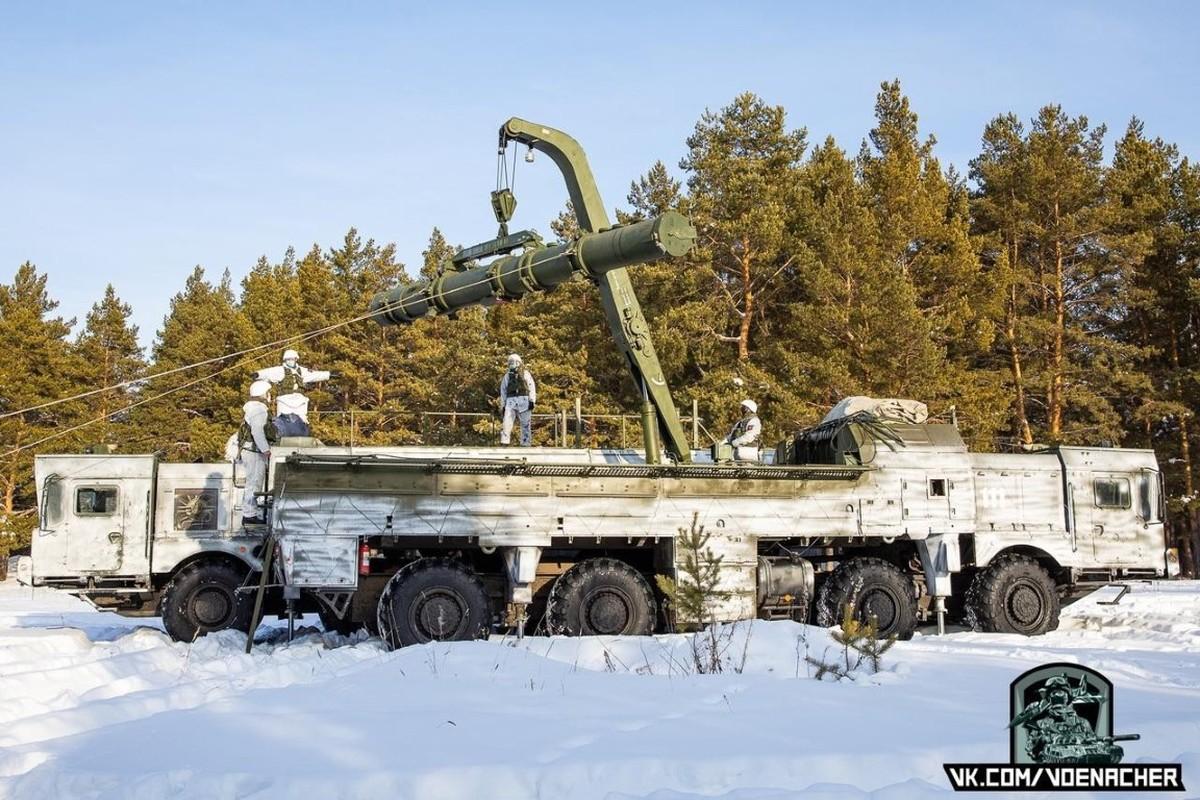 Ten lua Iskander phien ban dac biet cua Nga ap sat bien gioi Ukraine-Hinh-6
