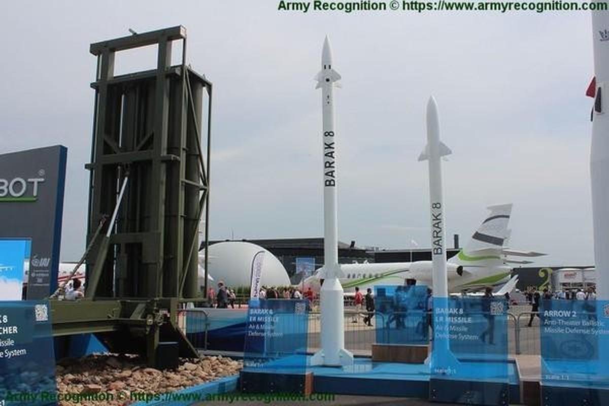 Israel tung bang chung Barak-8 ban ha thanh cong Iskander-E-Hinh-8