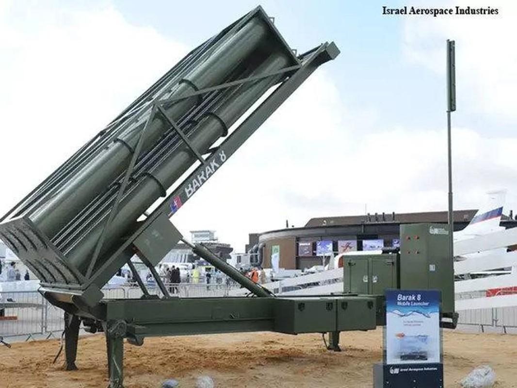 Israel tung bang chung Barak-8 ban ha thanh cong Iskander-E-Hinh-9