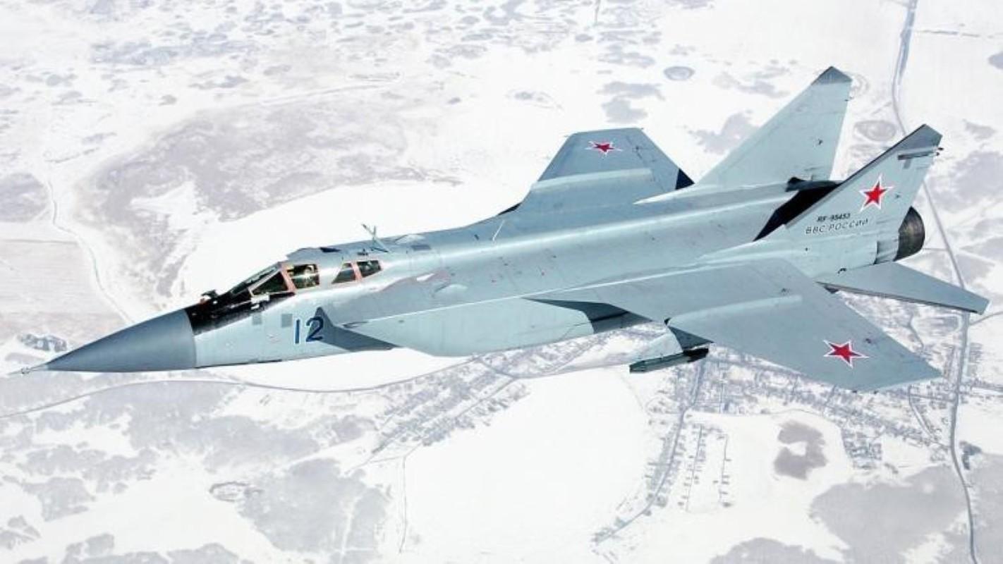 Chuyen gia Nga giai thich tai sao doi phuong phai rut lui khi gap MiG-31-Hinh-12