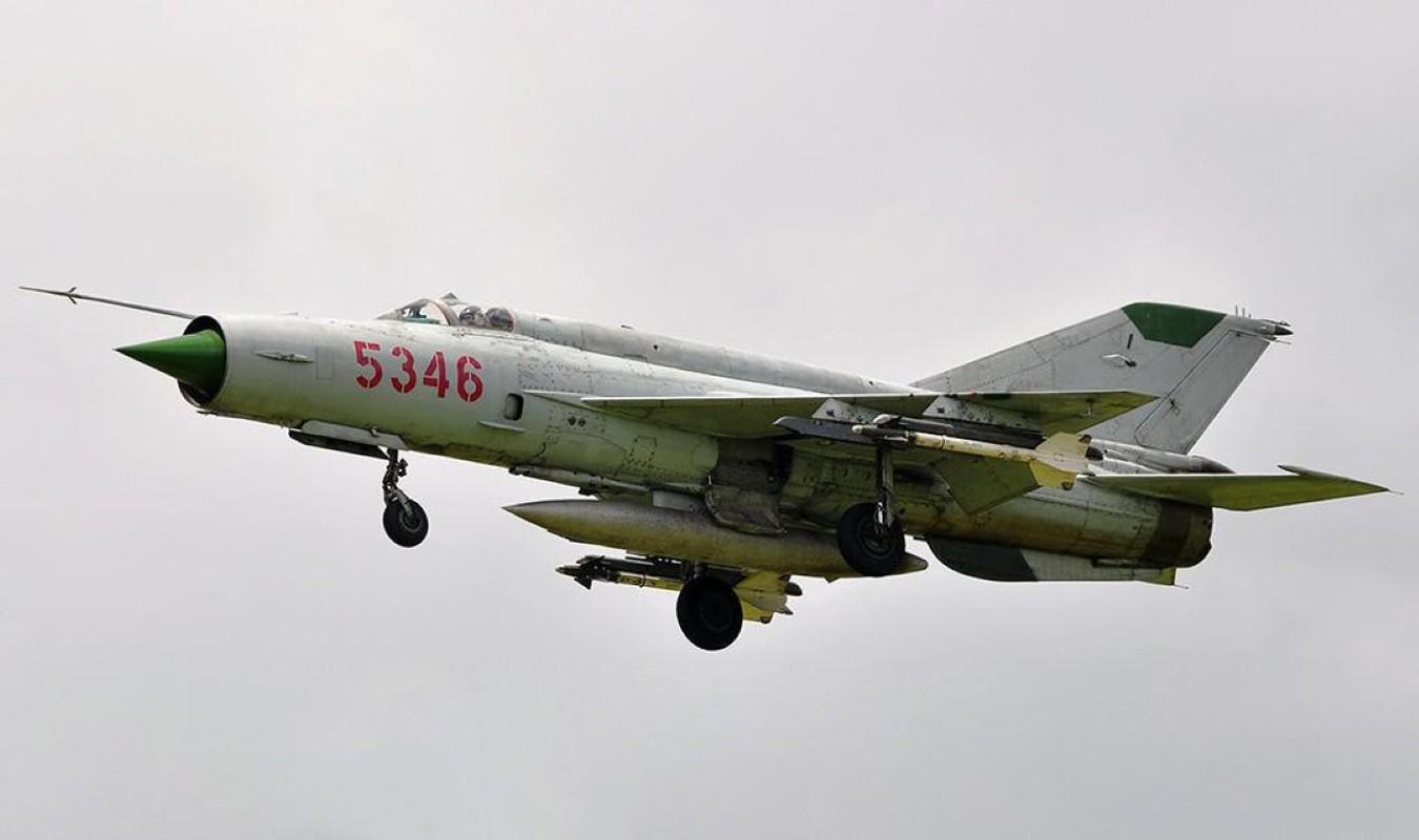 Viet Nam tung bien che phien ban MiG-21Bis manh ngang F-16-Hinh-21
