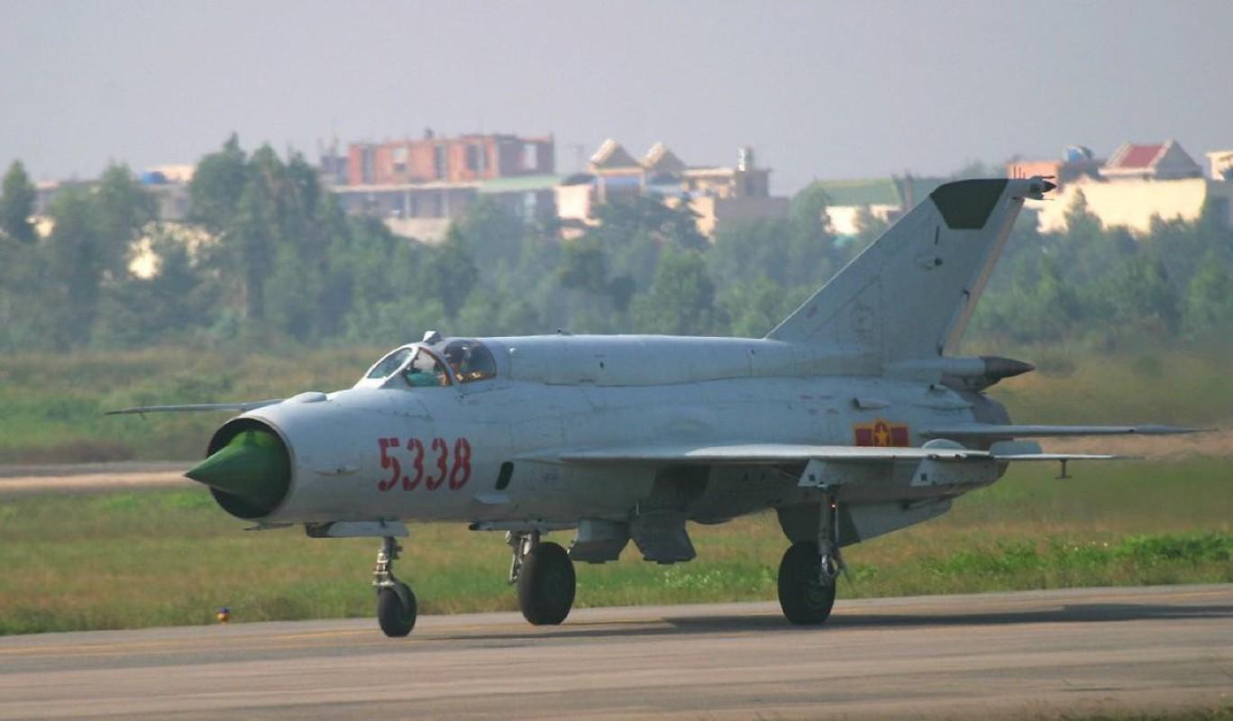 Viet Nam tung bien che phien ban MiG-21Bis manh ngang F-16-Hinh-22