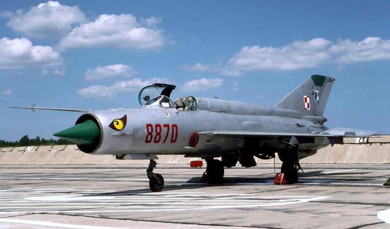 Viet Nam tung bien che phien ban MiG-21Bis manh ngang F-16-Hinh-5