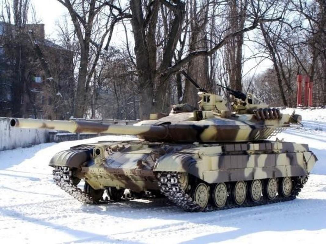 Xe tang T-64E Ukraine thanh ke huy diet nho phao tu dong 2 nong cuc manh-Hinh-10