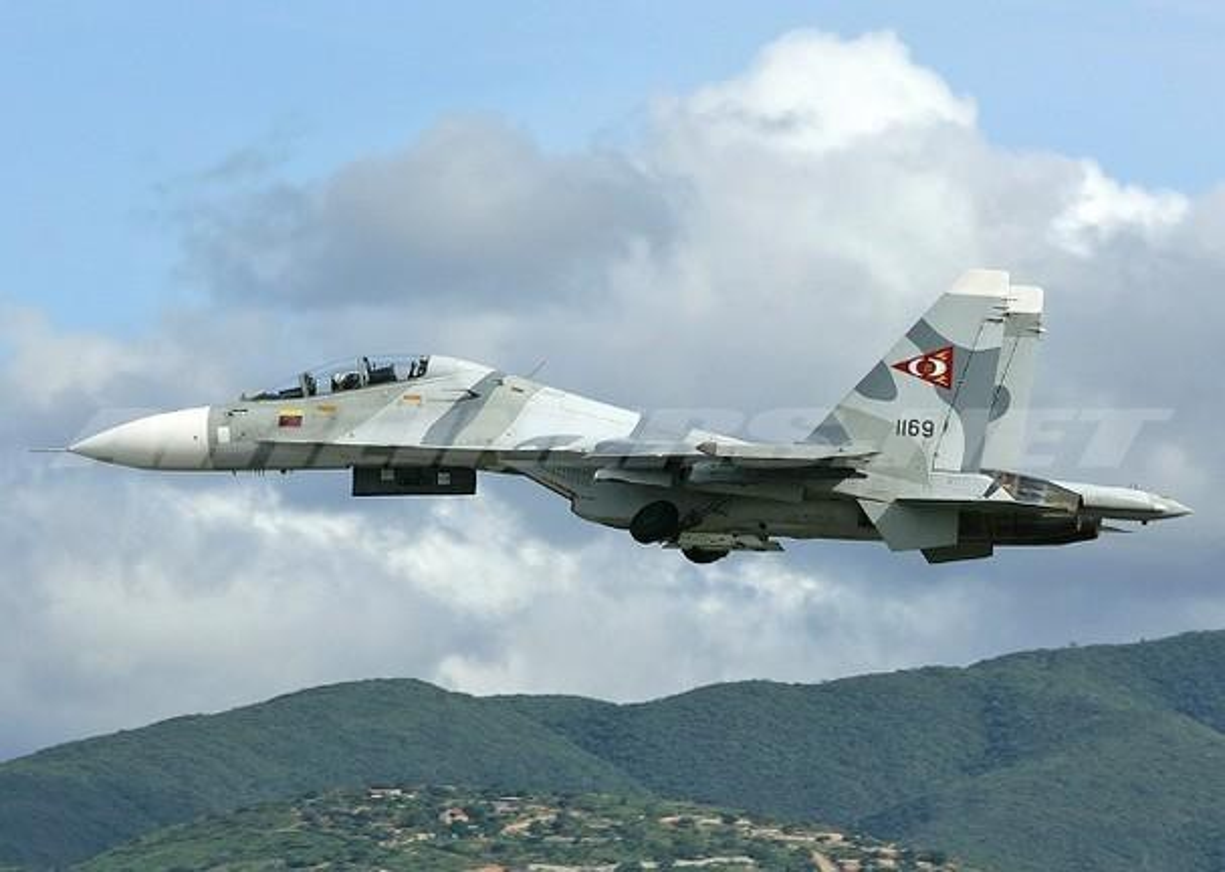 Vi sao Su-30MK2 Venezuela phai 'nam dat' hang loat khi con rat moi?-Hinh-9