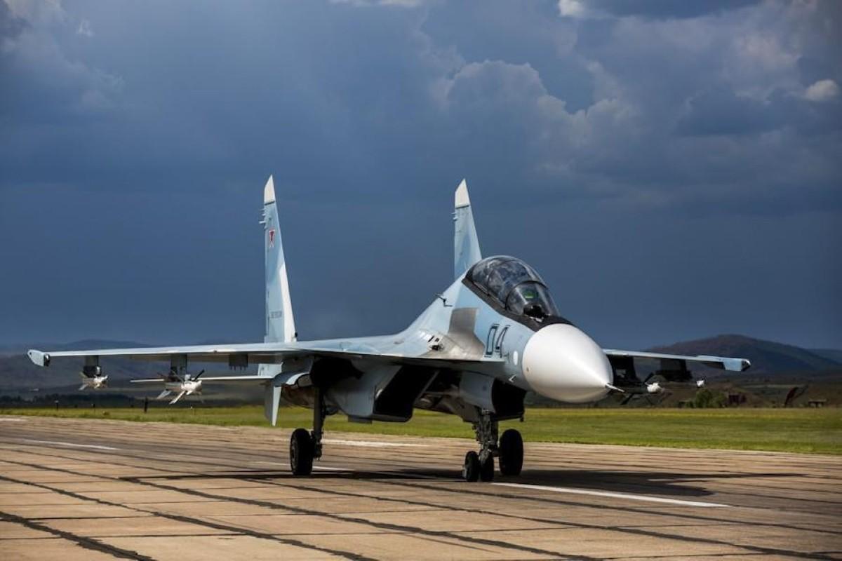 Hang loat Su-30SM cua Nga san sang o bien gioi-Hinh-23