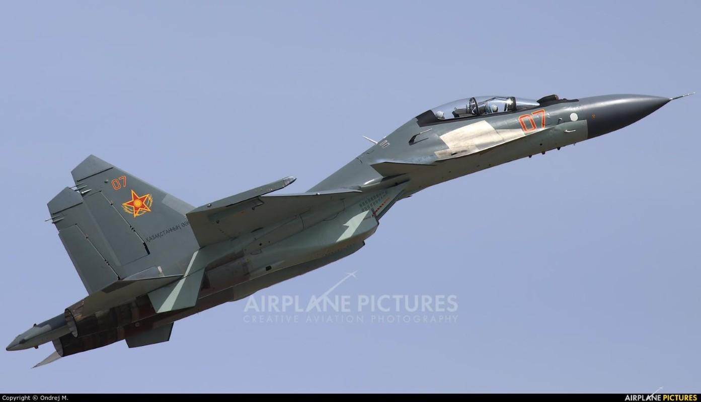 He lo nguyen nhan gap nan day bat ngo cua tiem kich Su-30SM Kazakhstan-Hinh-13