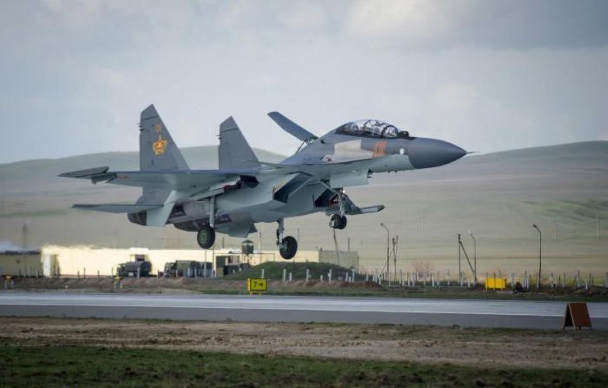 He lo nguyen nhan gap nan day bat ngo cua tiem kich Su-30SM Kazakhstan-Hinh-5