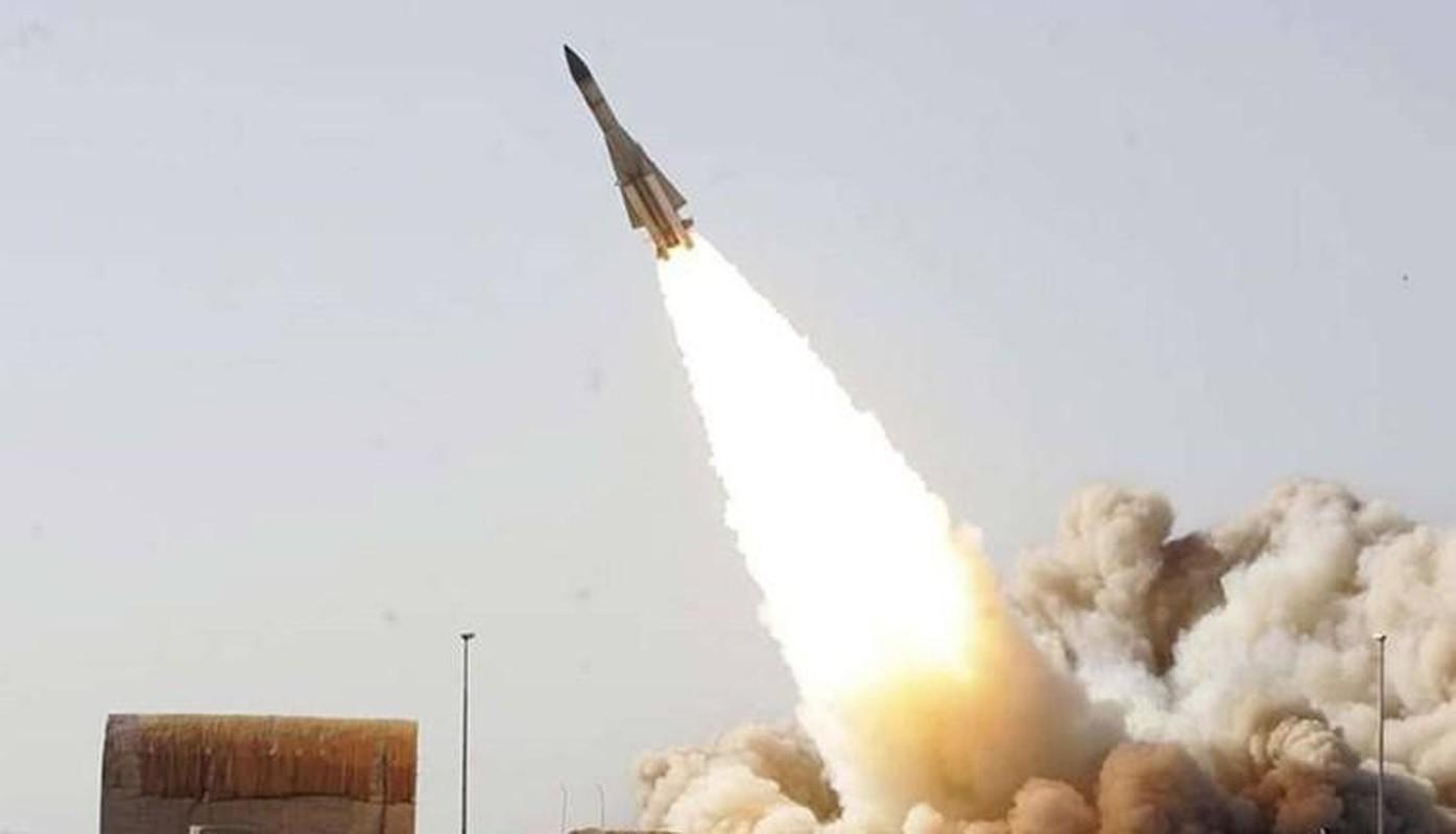 S-200 Syria suyt ban trung co so hat nhan, coi bao dong Israel ren vang-Hinh-13